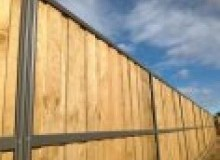 Kwikfynd Lap and Cap Timber Fencing albany